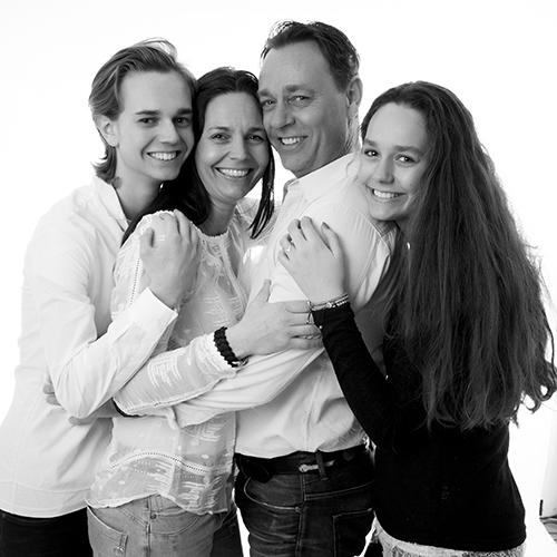 Fotograf_PiaTromborg_familiefoto_familie_familiefotograf