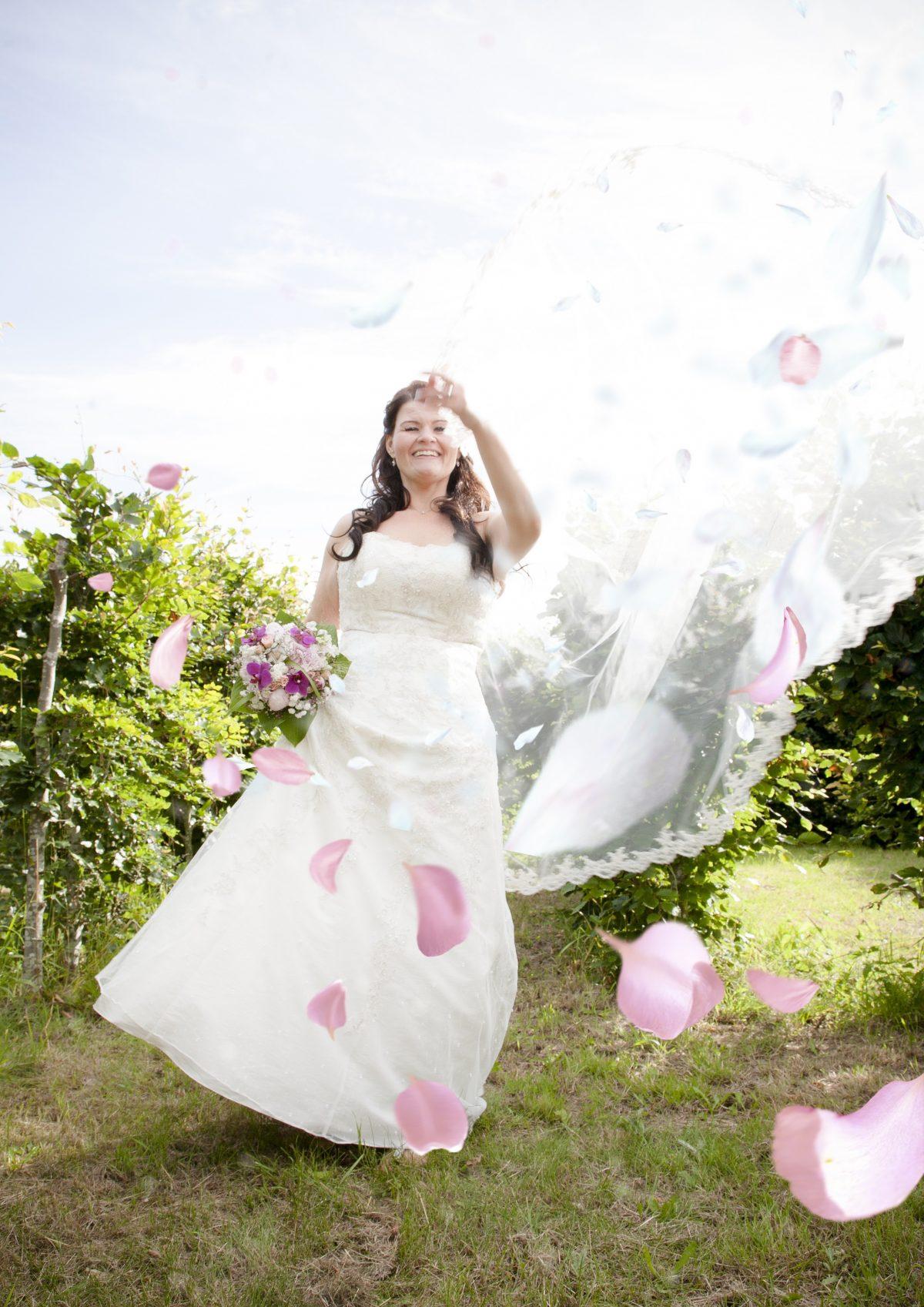 bryllup-2 - Portrætfotograf_PiaTromborg_bryllup_bryllypsfotograf_wedding_weddingphoto-fotograf-nordsjælland-bedste-fotograf-københavn-flotte-bryllupsbilleder